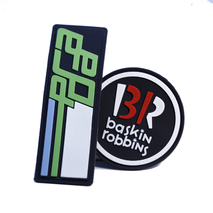 custom 3d rubber silicone brand name badge patch for garment